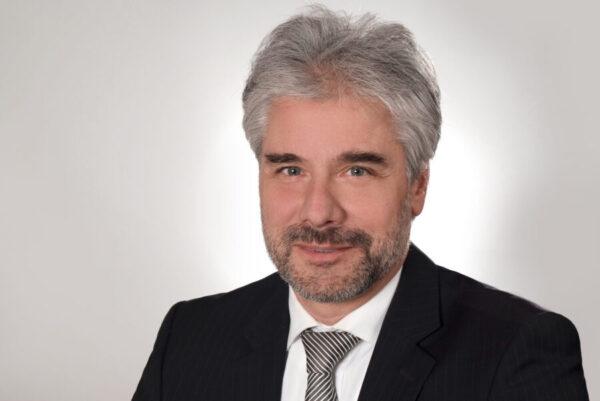 Dr. Christoph Strubl