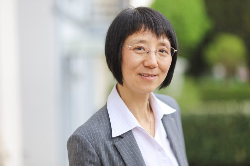 Dr. Fang Luan