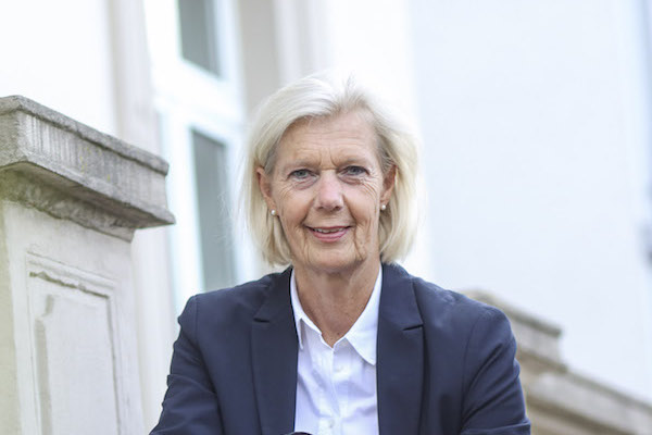 Yvonne Kramer